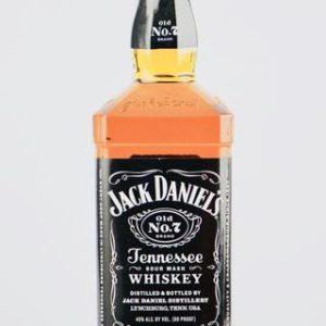 Jack Daniel's Black Label Tennessee Whiskey 750 ml - Sendgifts.com