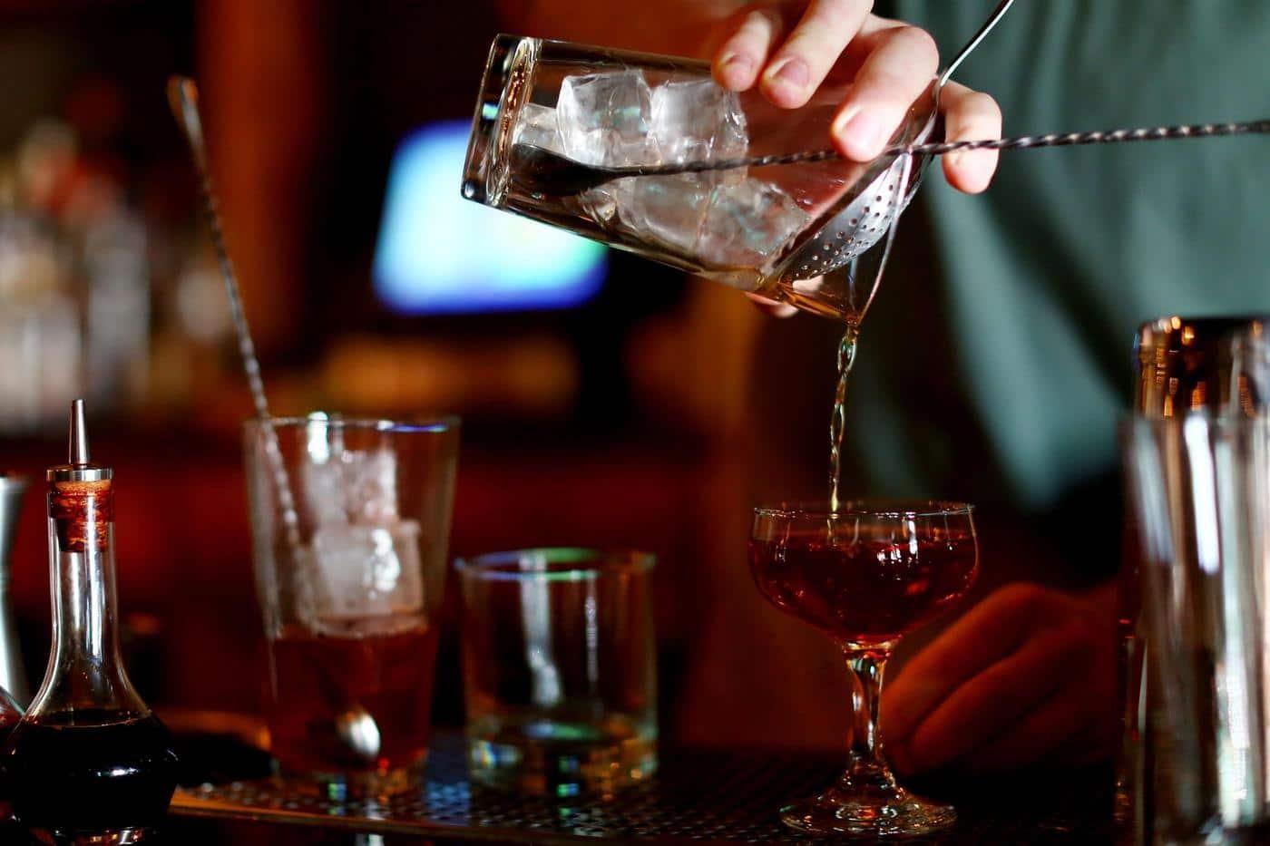 5 liquors for fancy events - Sendgifts.com